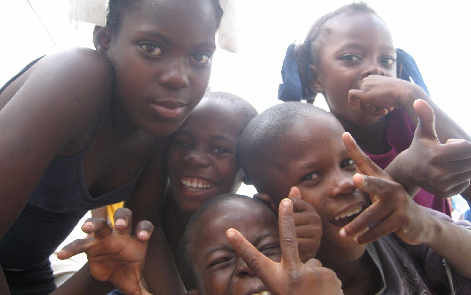 2007 Haiti TWA)Cite Soleil Kids_Funny Faces