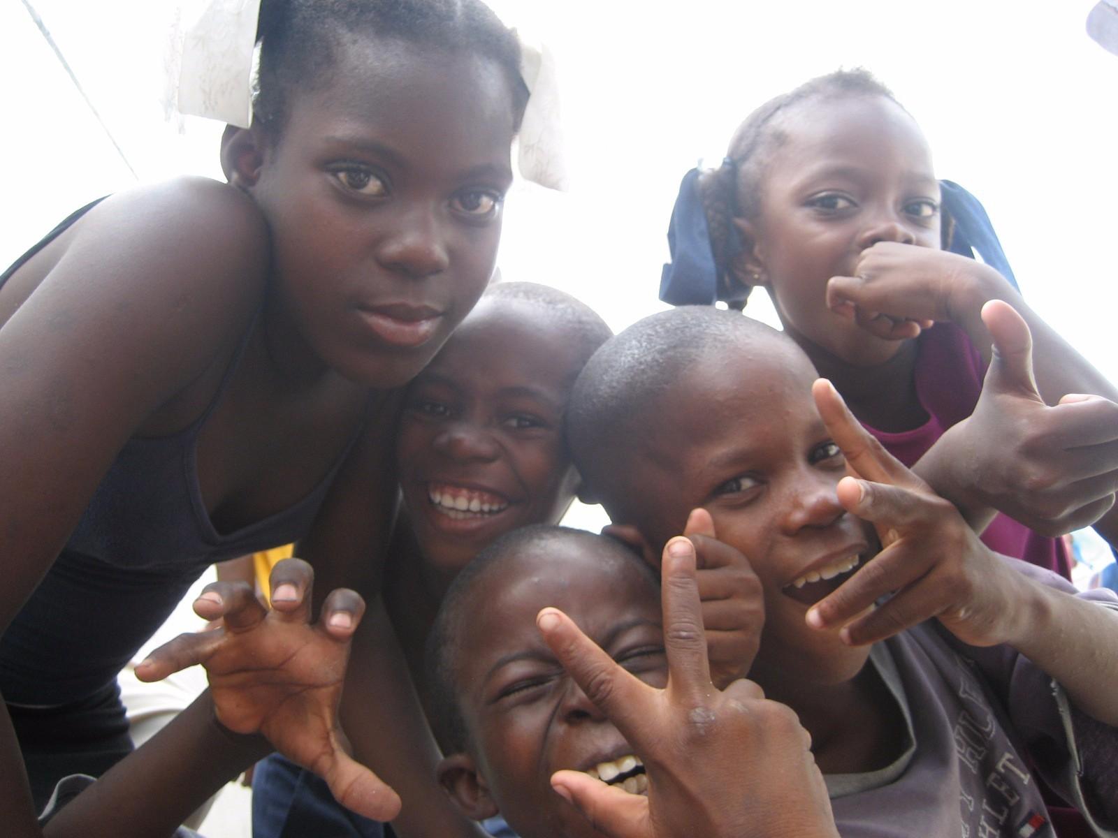 2007, Third World Awareness, TWA, Haiti, Cite Soleil, Kids, Happy, Love, Charity, Giving, Helping, Smiles