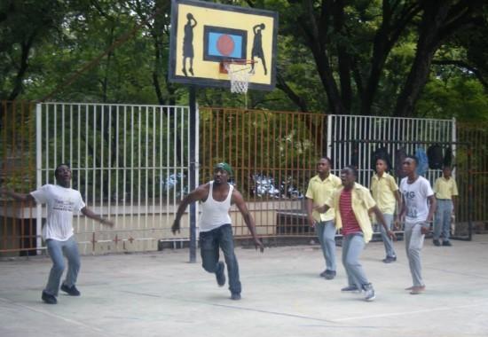 Haiti, 2014, TWA, Third World Awareness, volunteer, basketball game, Haitian, students, school yard, basketball court