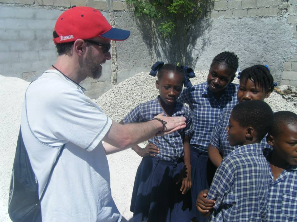 Haiti, 2014, TWA, Third Word Awareness, Cité Soleil, school, kids, students, volunteer, charity, magic trick