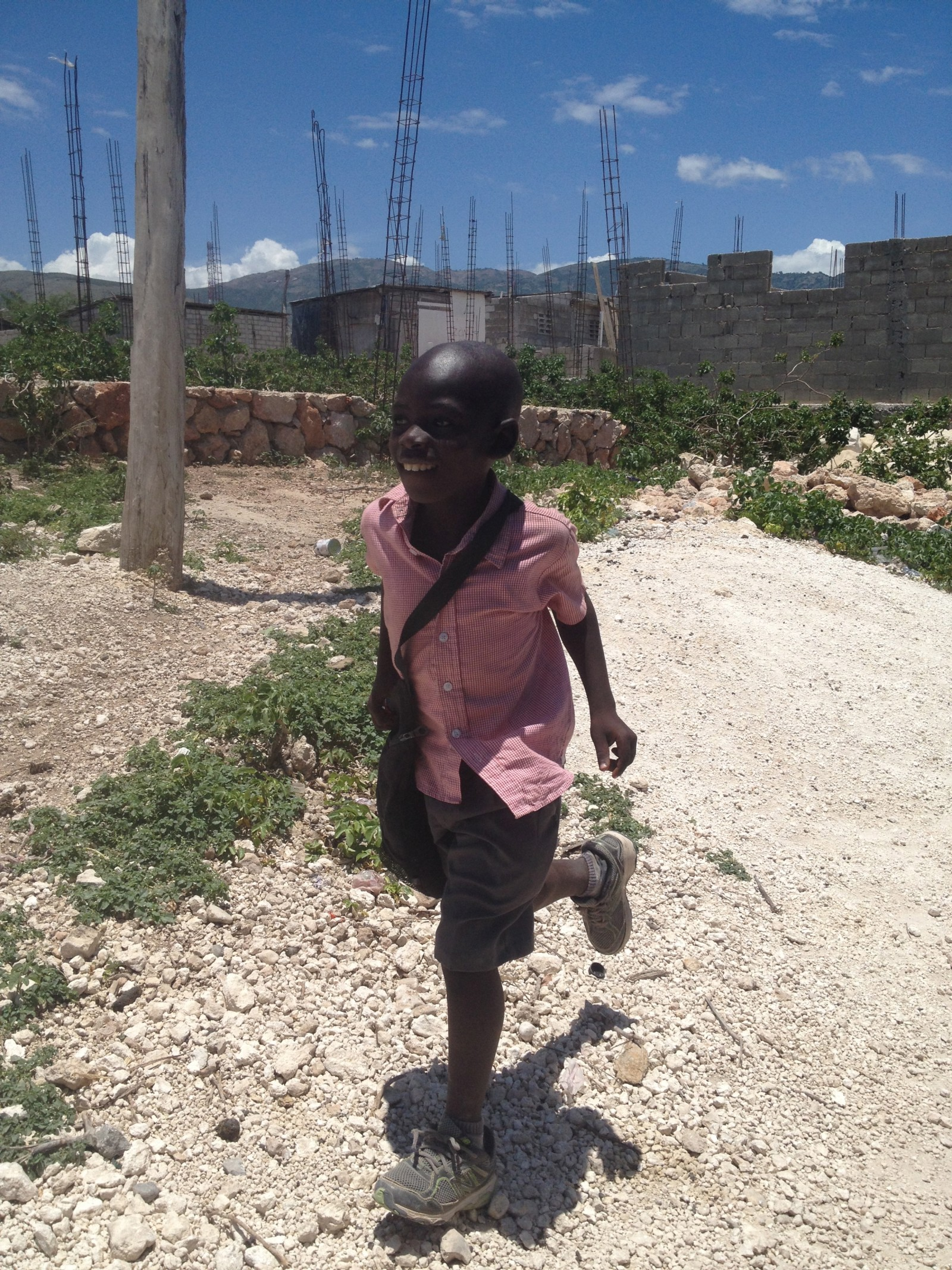 Haiti, 2014, Third World Awareness, TWA, volunteer, charity, helping others, poverty, haitians, kids, school kids, little boy, fundraising, school building project, Canaan, education, learning, giving