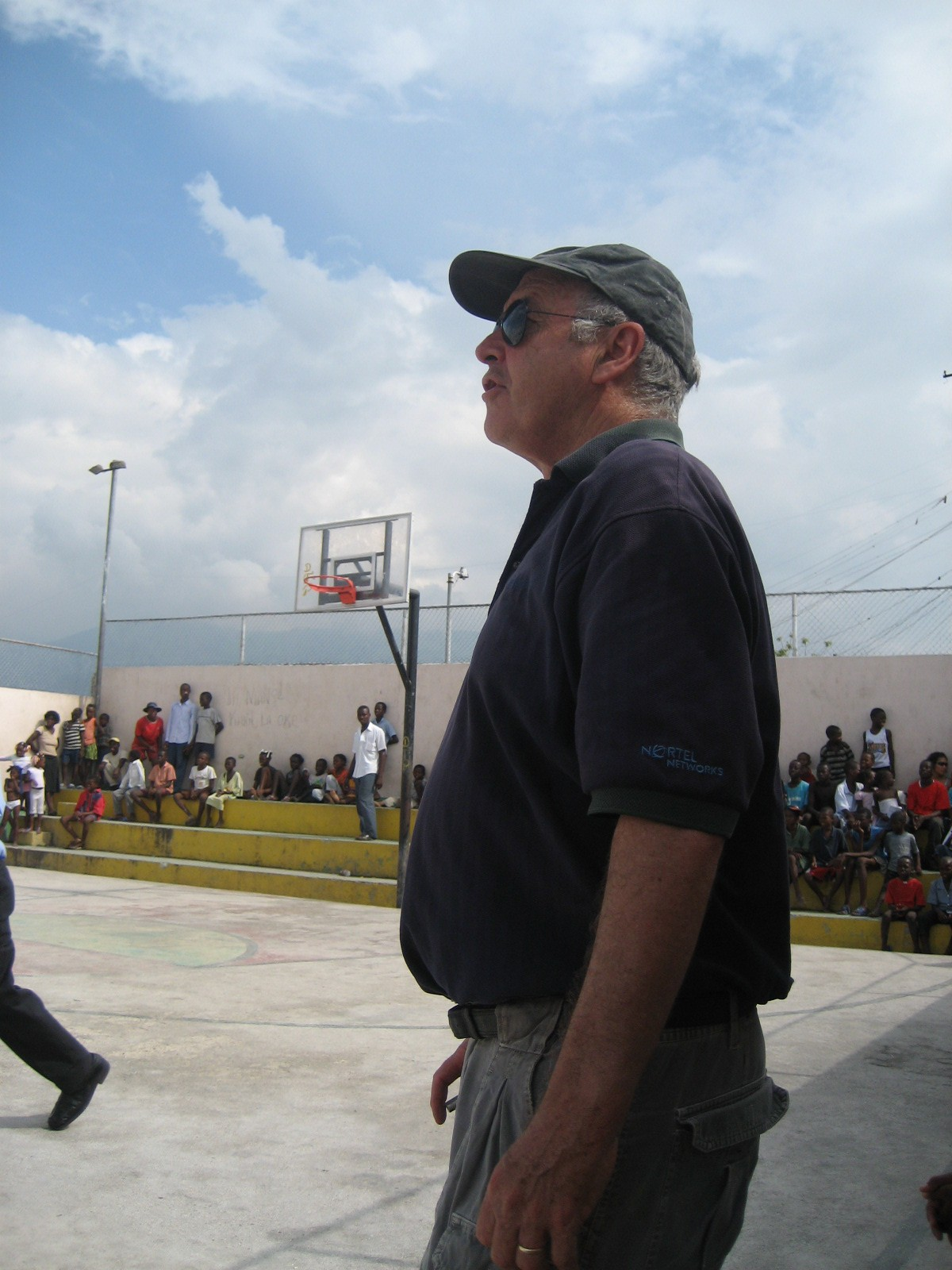 2007. Haiti, TWA, Third World Awareness, charity, non-profit, volunteer, basketball court, Cite Soleil, basketball game, volunteering, community